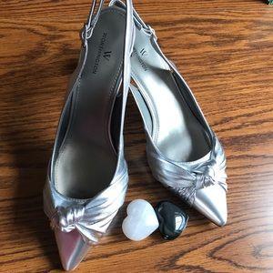 🌹Worthington Slingback Silver Shoes Size 9🌹